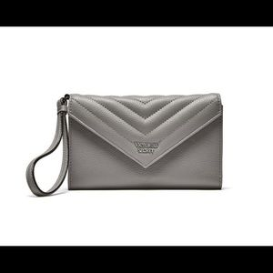 Victoria's Secret Pebbled V-Quilt Wallet